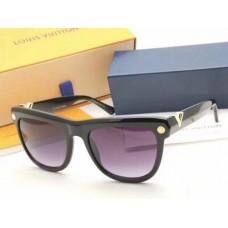 Louis Vuitton Z0900E