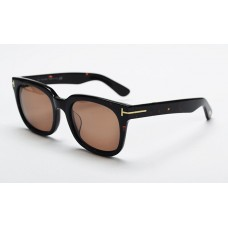 Tom Ford TF211