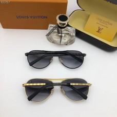 Louis Vuitton Z0340