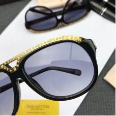 Louis Vuitton Z1045